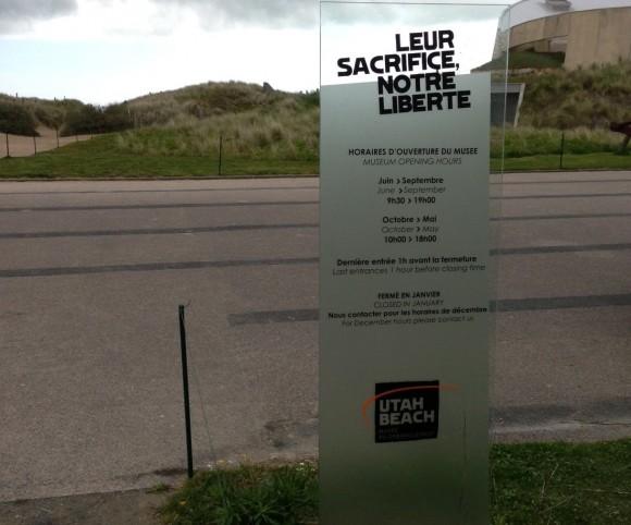 Georges-et-Louis-Signalétique-Musée-Utah-Beach-01-580x482