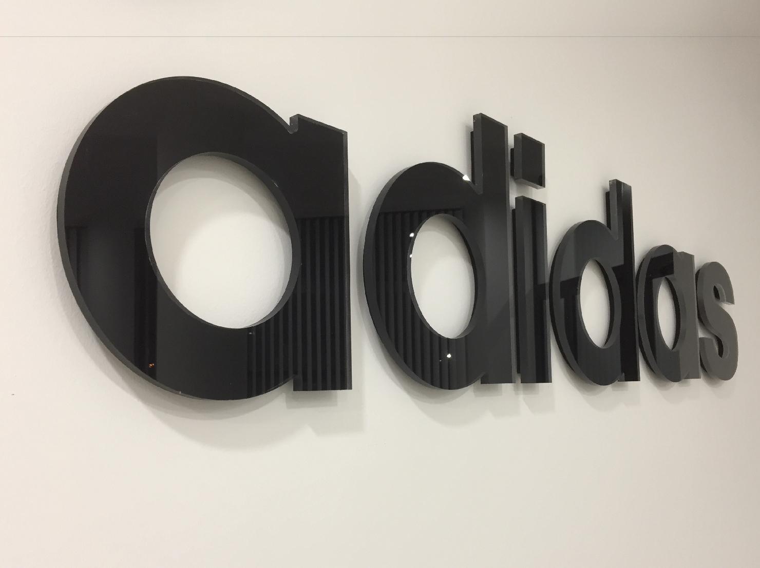 Adidas 08
